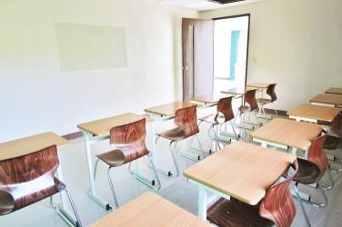オプションクラス用大人数教室