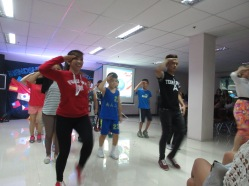 セブ、英語、ダンス